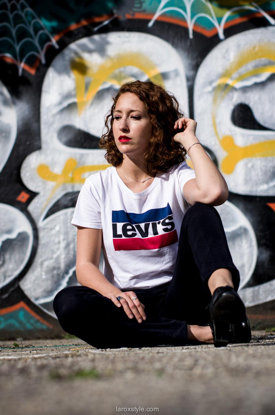 Lady Levi's | Tendance Mode Logo !