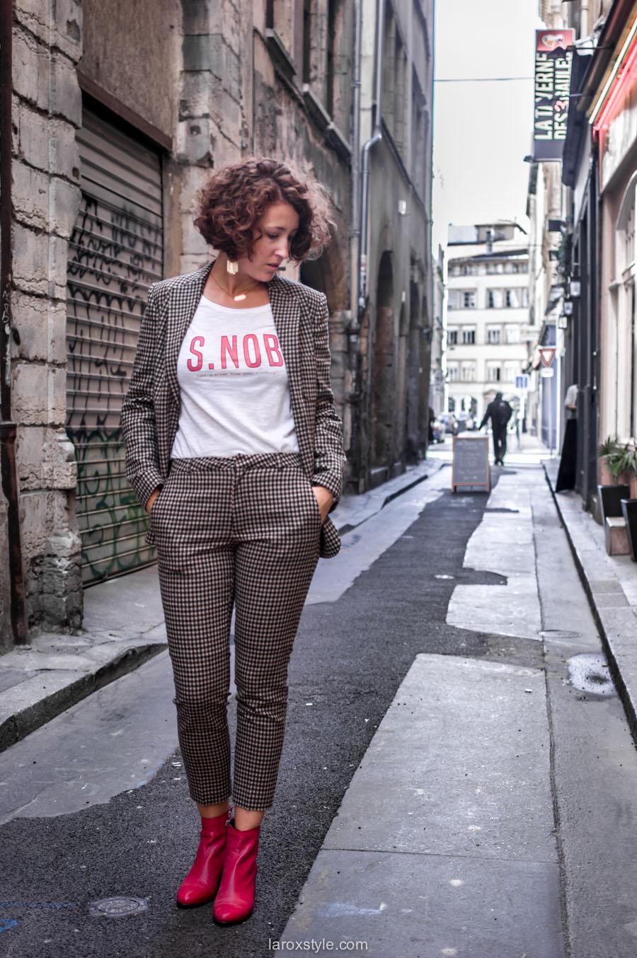 costume femme - tendance costume - t shirt message leonor roversi - SNOB - laroxstyle-1
