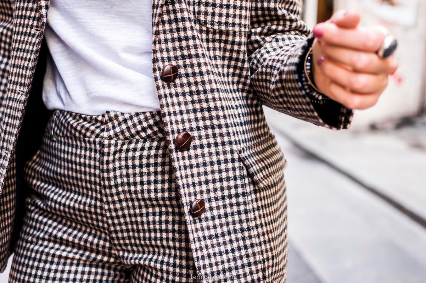 costume femme - tendance costume - t shirt message leonor roversi - SNOB - laroxstyle-12