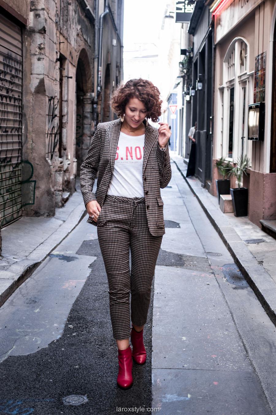 costume femme - tendance costume - t shirt message leonor roversi - SNOB - laroxstyle-2