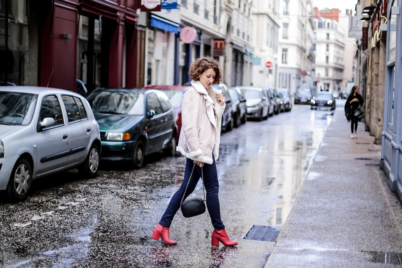 inspiration look - street style inspiration - manteau rose - laroxstyle blog mode lyon-10
