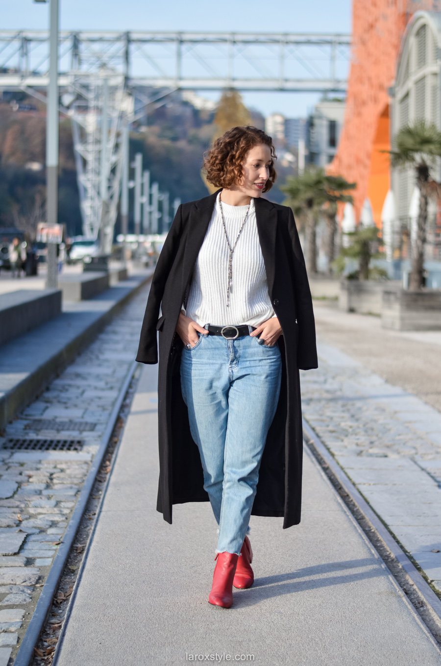 look casual rock - tendance red shoes - mom jean - blog mode lyon-9